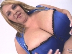 Large Titties Older Carol Brown Toy Fuck