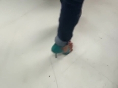 Shopping in high heels with super over-hanging toes