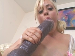 Golden-Haired Giant Sextoy Bawdy Cleft Streching