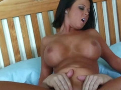 Loni Evans in Brunette Loni Evans Is Too Hot Not To Be Fucked Hard - Upox