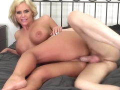 Busty blonde milf Phoenix Marie relishes the wild pussy banging action