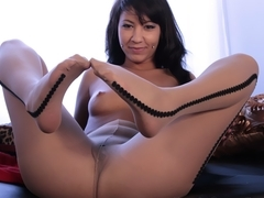PantyhosePops Video: Ezmie Lee Creeps Us!